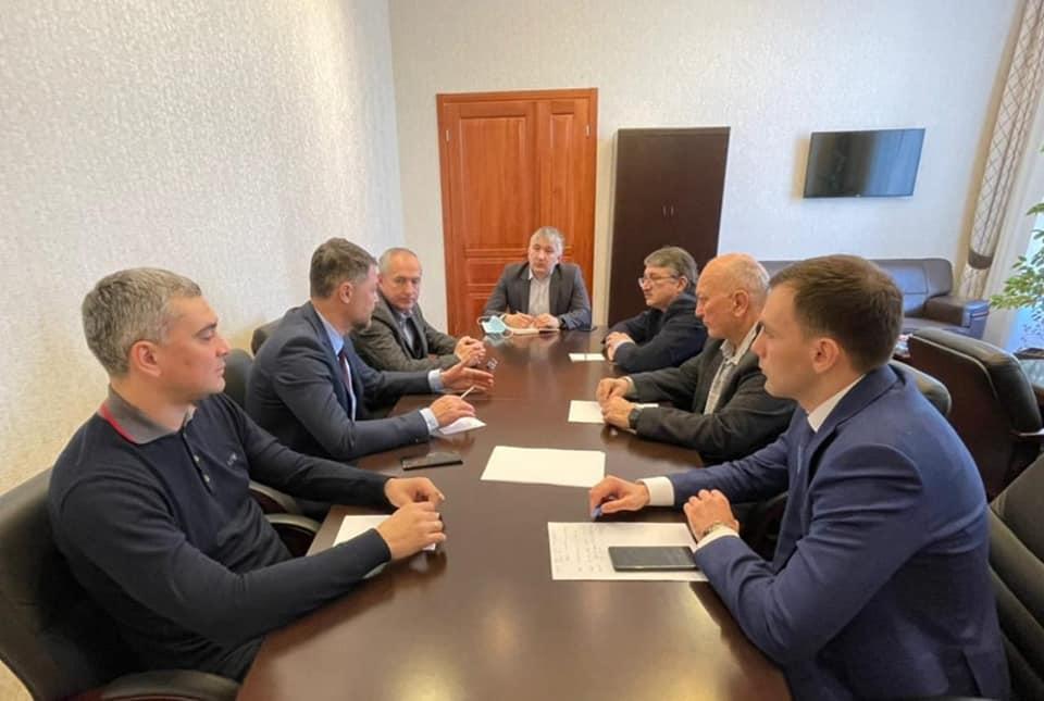 Рабочая встреча в целях развития торгово-экономического сотрудничества между РСО-Алания и СФО